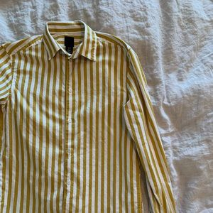 H&M white and yellow stripe button down shirt